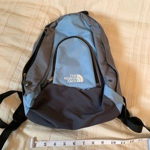 North face backpack - size small, never used!